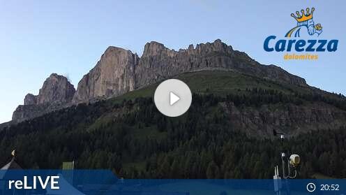 Webcam Carezza - Pra di Tori - Höhenlage: 1.752 mPosition: KarerpassAussichtspunkt:interaktive Webcam. Ausblick über den Karerpass von der Talstation des Sesselliftes