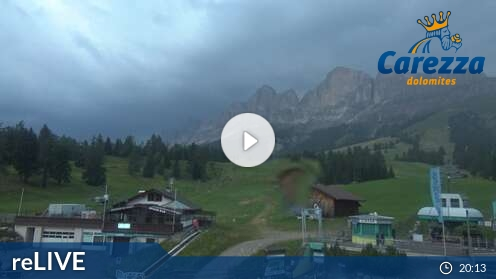 Webcam Carezza - Paolina - Höhenlage: 1.770 mPosition: Sessellift PaolinaAussichtspunkt: interaktive Webcam. Talstation des Sesselliftes Paolina.
